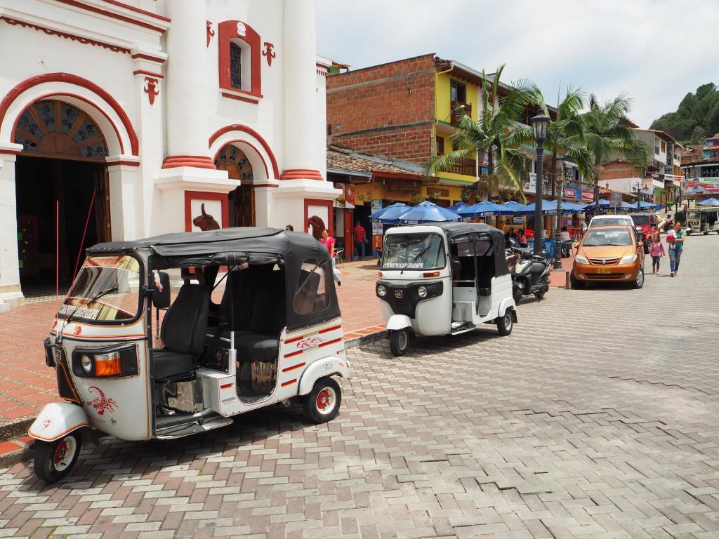 Guatape main plaza